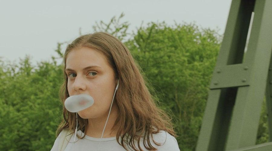 STIFF2018-bubbgle_gum_girl